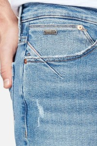 Mavi Jeans Yves - Lt Distressed Ultra Move